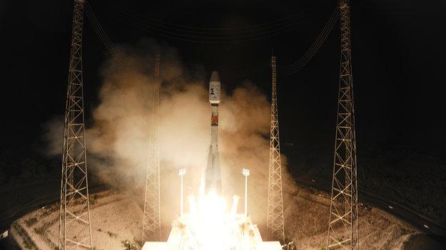 «Самая большая цифровая камера», телескоп GAIA, успешно доставлен в расчетную точку L2 (Солнце Земля)