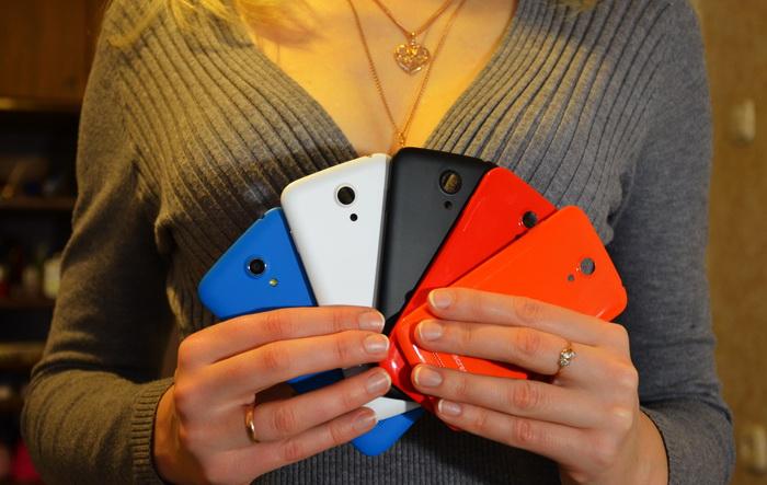 [Женский взгляд] Обзор Highscreen Omega Prime Mini: смартфон с пятью разноцветными панелями в комплекте