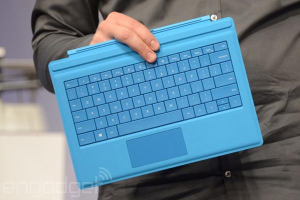 Type Cover для Microsoft Surface Pro 3