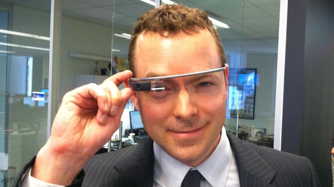 Умные часы с Android Wear отправят Google Glass на свалку истории IT?