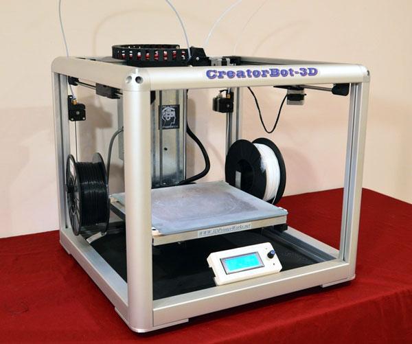 CreatorBot — первый двухцветный 3D-принтер «промышленного уровня»