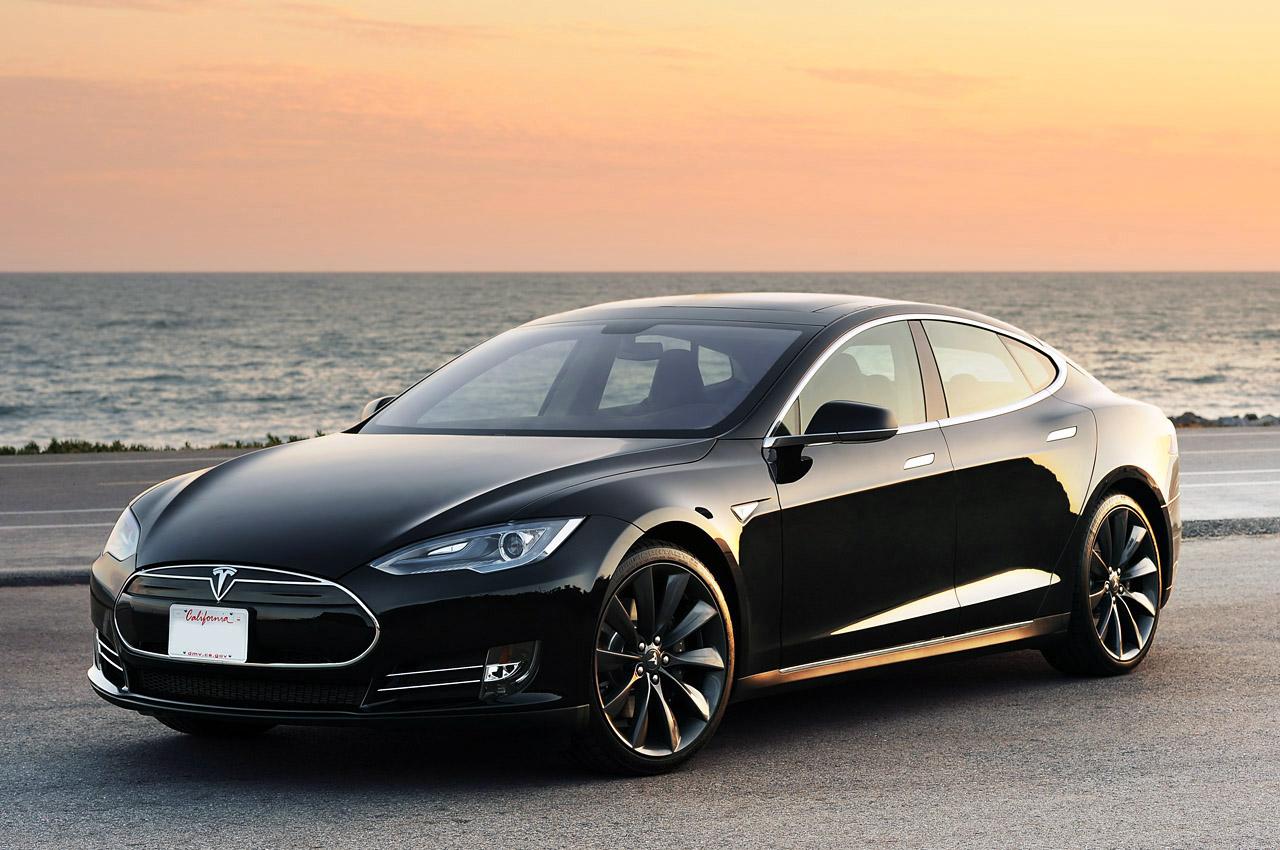 Tesla продлила гарантийный срок на Tesla Model S (+ неограниченный пробег) в ущерб доходам компании
