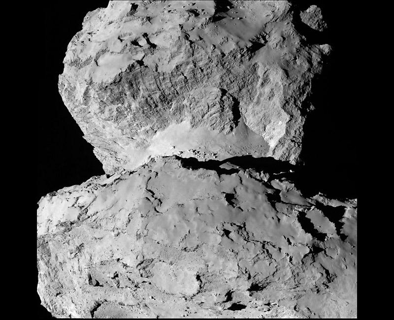 Новые изображения кометы Чурюмова Герасименко