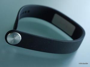 Обзор фитнес браслетов Garmin, Huawei и Sony