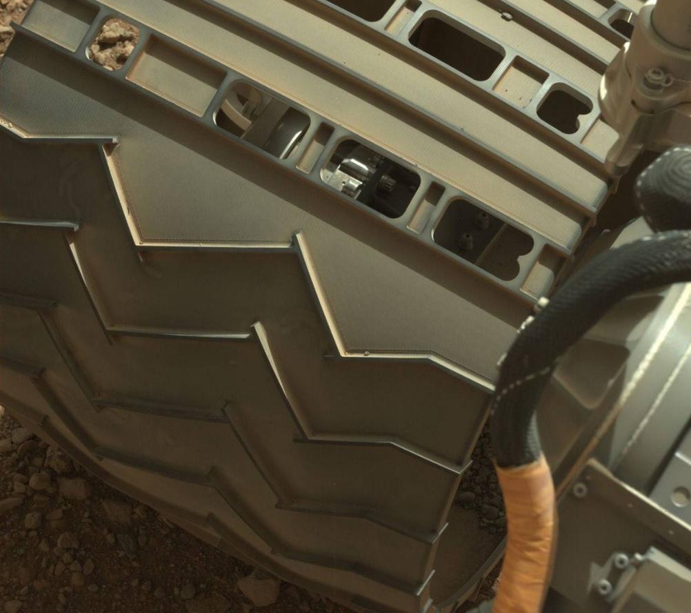 Два года на Марсе — как выглядит Curiosity сейчас?