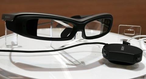 Очки Smart EyeGlass являются прямым ответом Sony на устройство Google Glass