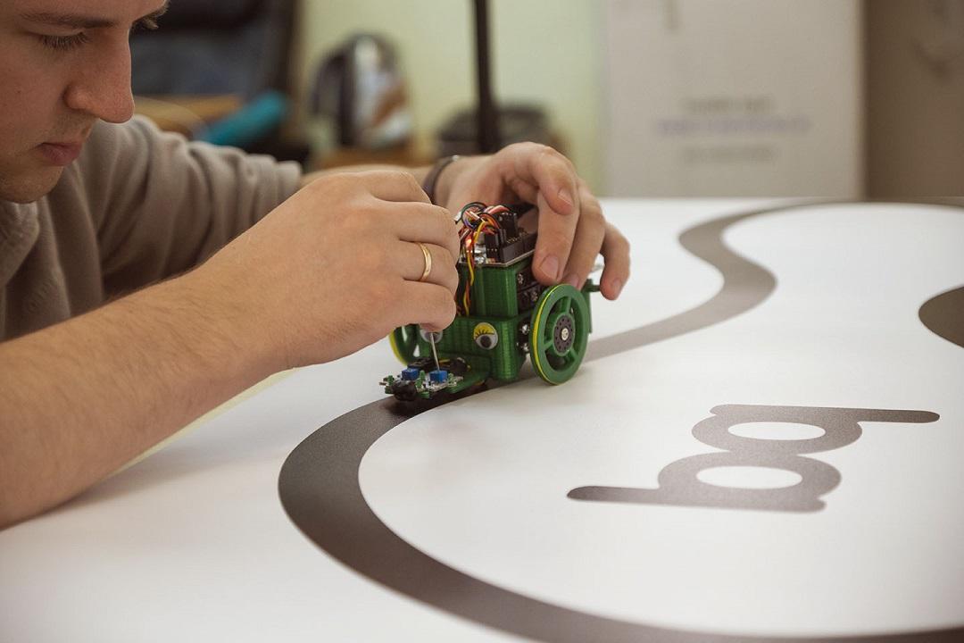Как изучают робототехнику школьники Испании