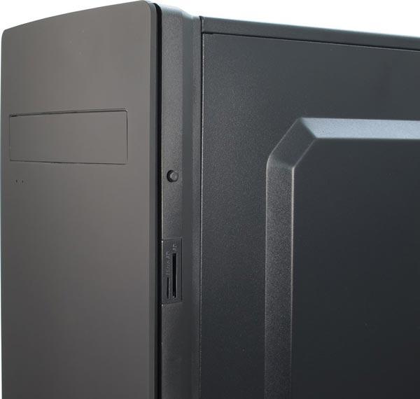 Корпус для ПК Inter-Tech SY-139 вмещает платы типоразмера ATX