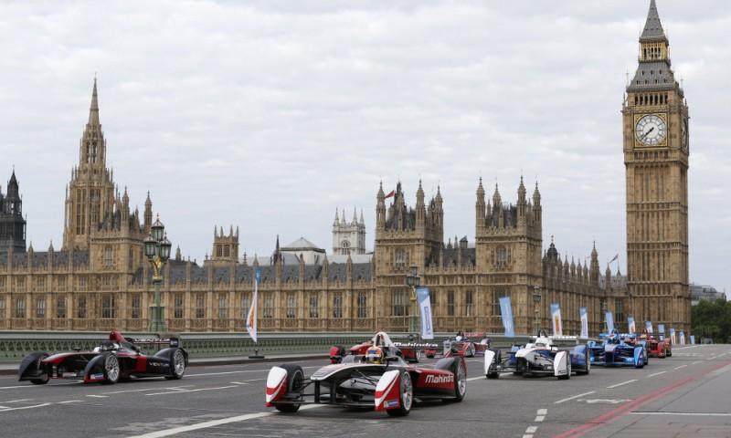 Формула E: гонки на электромобилях