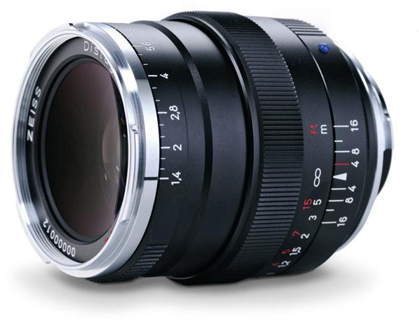 Производитель называет Zeiss Distagon T* 1,4/35 ZM объективом для профессиональной репортажной съемки