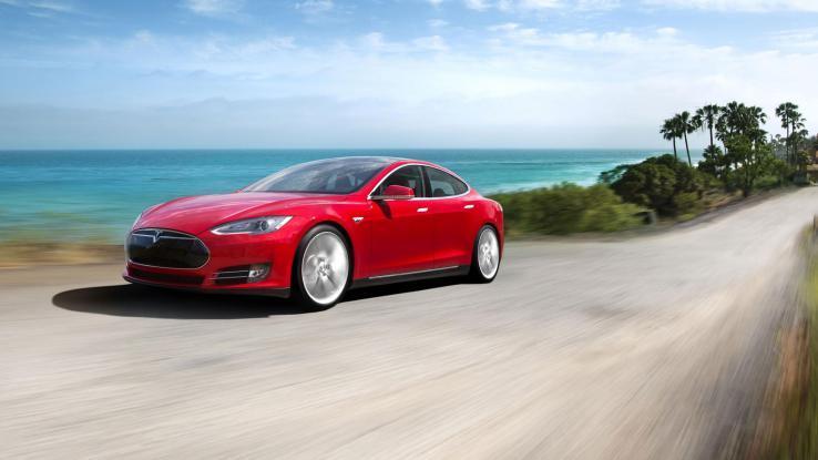 Tesla вводит программу перепродажи подержанных электромобилей