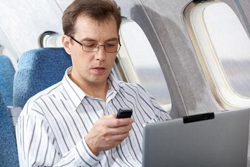 Отмена запрета на гаджеты в самолетах вызвала недовольство бортпроводников