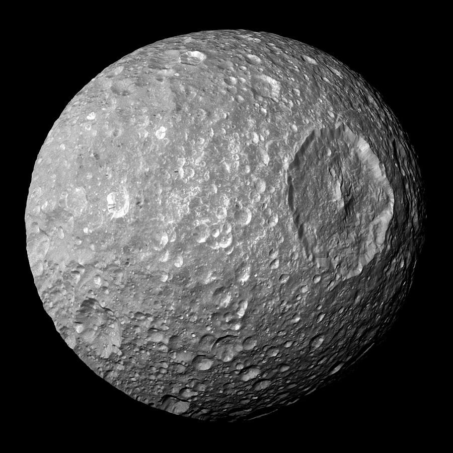 На Мимасе, спутнике Сатурна, может быть подледный океан