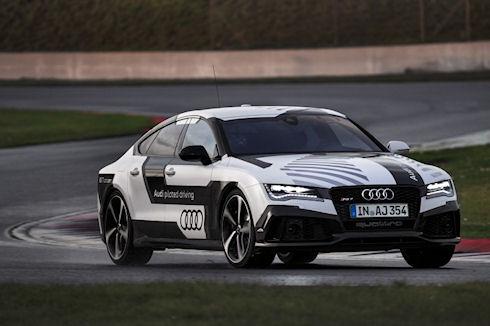 Состоялся показательный заезд беспилотного Audi RS 7