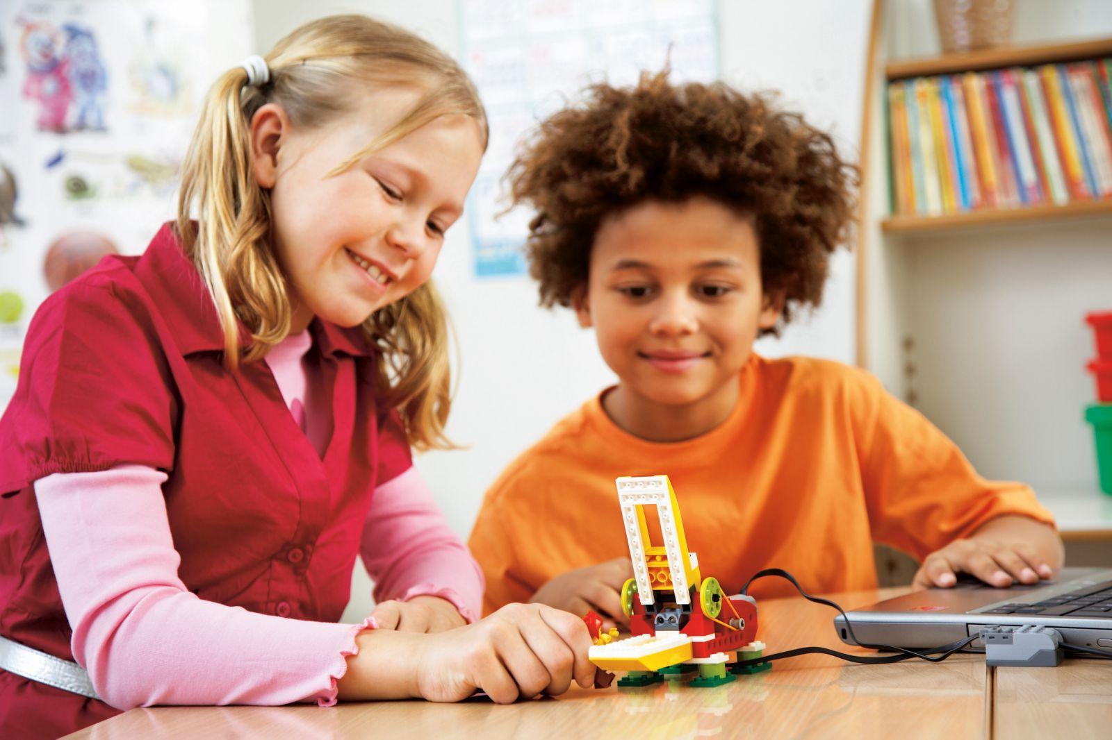 Lego WeDo — робототехника для самых маленьких