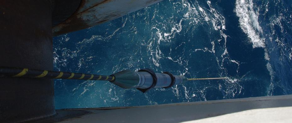 Подводная укладка кабелей. Как это делается