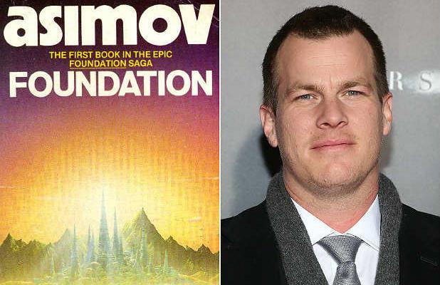 Джон Нолан работает над сценарием сериала на HBO по мотивом Азимовского цикла «Основание»