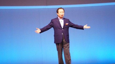 Зарплата генерального директора Samsung сократилась более чем в 2 раза