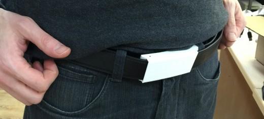 XOO Belt от Nifty: держит брюки и заряд смартфона - 3