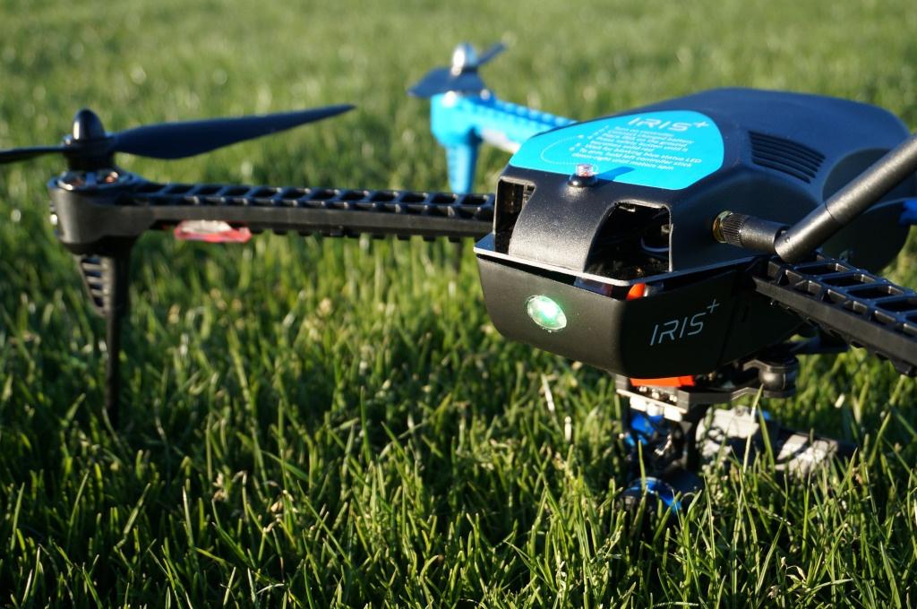 Атака дронов: за полгода в США беспилотники 25 раз чуть не столкнулись с самолётами - 1