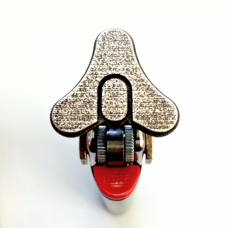 На Etsy появились авторские клейма с популярными логотипами, созданные с помощью 3D-печати - 1