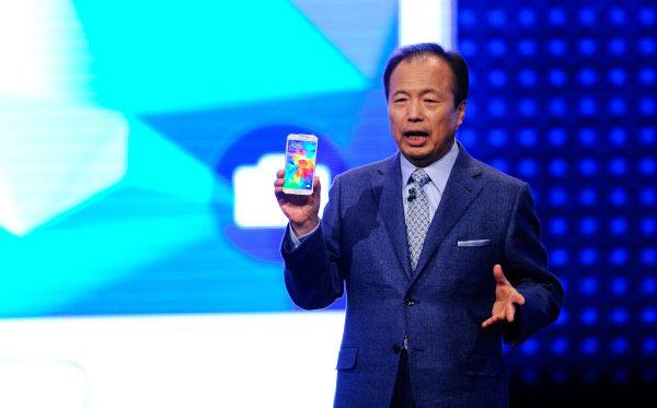 В Samsung решили не менять руководителя мобильного подразделения