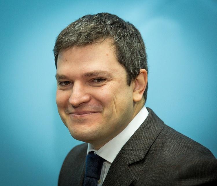 Минкомсвязи отозвал у Ростелекома подряд на разработку мобильных приложений «Госуслуг» - 1