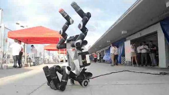 Обезъяноподобный робот от NASA в 2015 году примет участие в конкурсе DARPA - 4