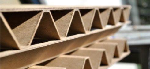 Навоз и старые газеты задействовали в разработке древесноволокнистой плиты
