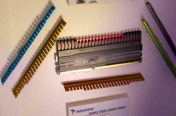 Компания Adata привезла на выставку CES 2015 третье поколение модулей памяти XPG DDR3