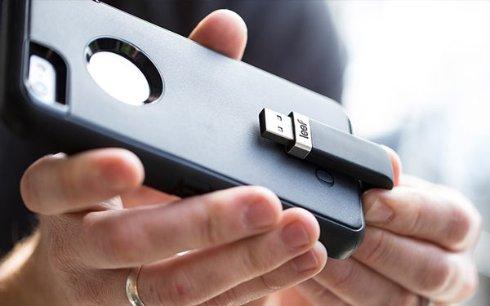 Leef iBridge: флешка уникальной формы для iPhone и iPad