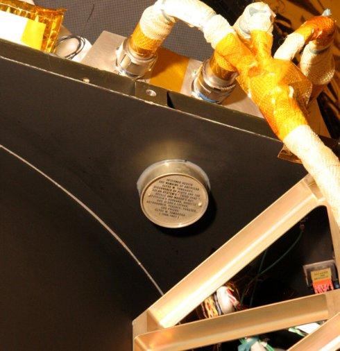 Девять секретных вещей, которые везет корабль «Новые горизонты» на Плутон