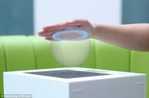 Теперь голограммы можно трогать руками