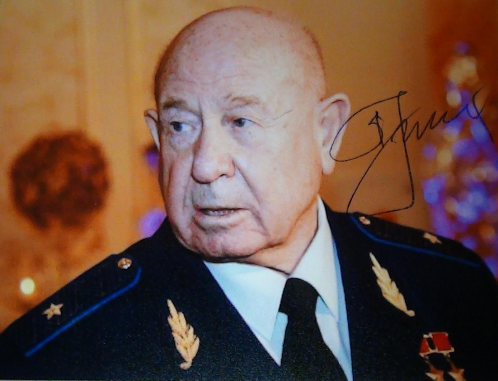 Лекция Алексея Леонова в честь его 80-летия: о Гагарине, Королеве, первом выходе в открытый космос и очень многом другом - 1
