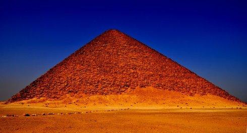 Красная Пирамида: найдено забытое чудо Египта