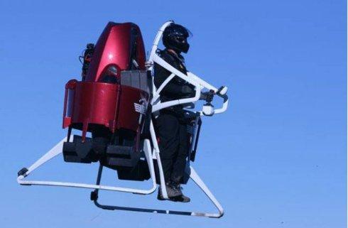 Американская полиция будет летать за преступниками на джетпаках (видео)