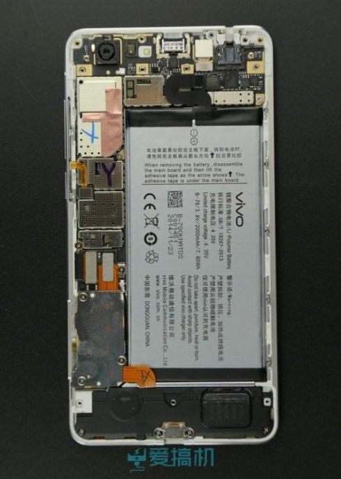Пользователи предпочитают ёмкую батарею тонкому корпусу