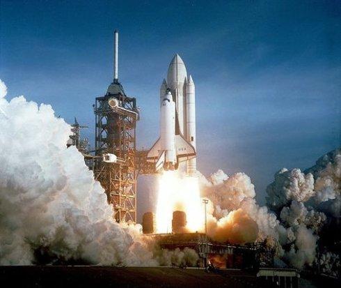 В NASA показали самые значимые снимки в истории (ФОТО)