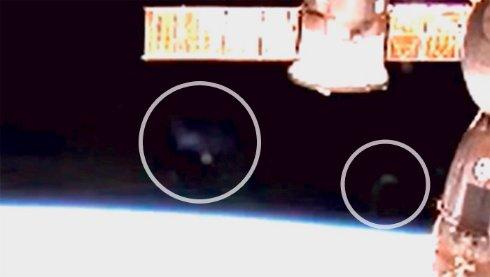 Возле станции МКС снова появились таинственные объекты (ВИДЕО)