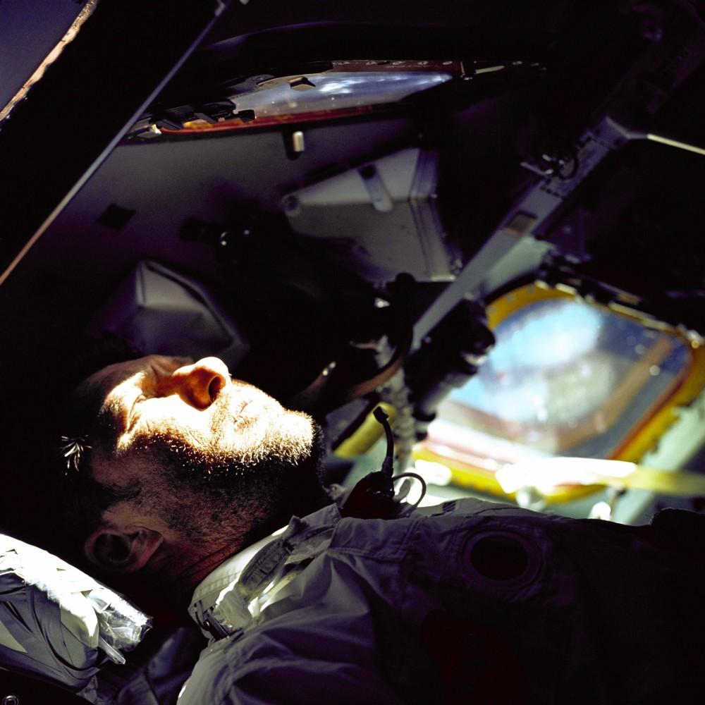 Мужчина и космос: после катастрофы - 1