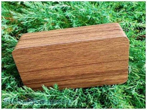 Создан аккумулятор из древесины