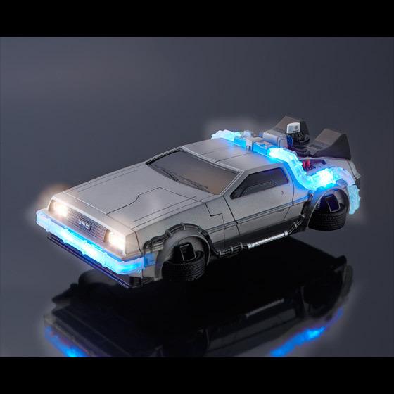Японцы выпустили чехол для iPhone 6 в виде DeLorean - 1