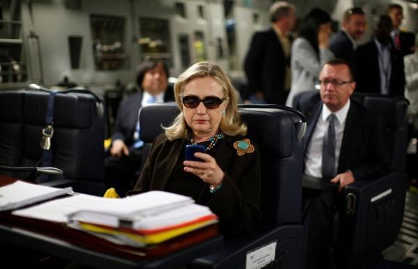У Хиллари Клинтон был собственный почтовый сервер - 1