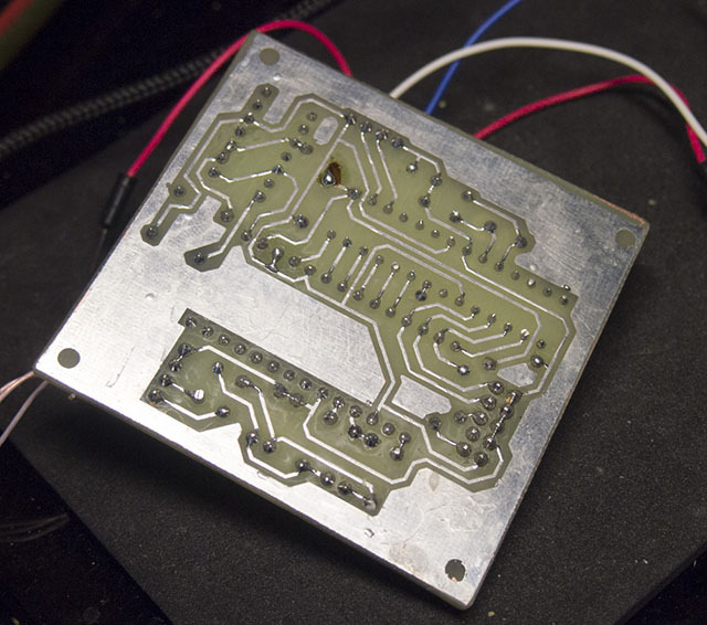Олдскул, хардкор, AY-3-8912. «Железный» чиптюн с последовательным входом - 2