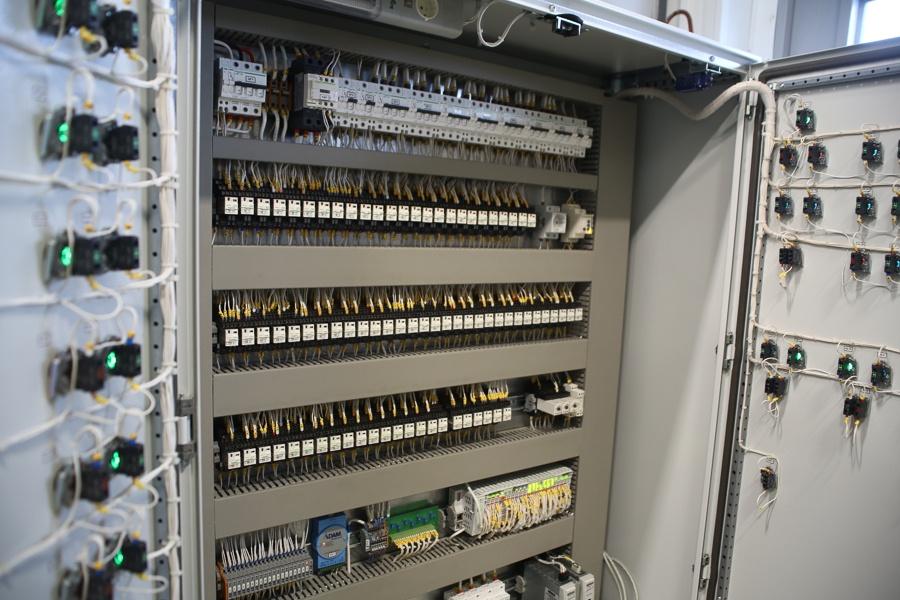 Инженерное устройство дата-центра уровня TIER III, стоящего на четырех магистральных линиях - 24