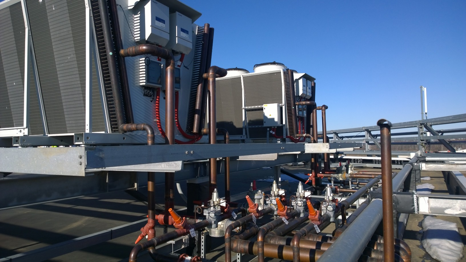 Инженерное устройство дата-центра уровня TIER III, стоящего на четырех магистральных линиях - 88