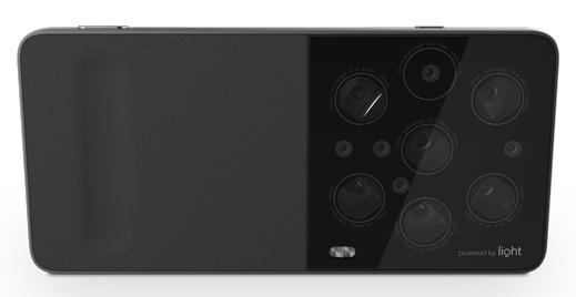 Специалисты компании Light предлагают оснащать смартфоны массивами камер