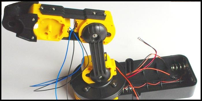Как собрать робота своими руками за 6 часов и стать душой компании - 5