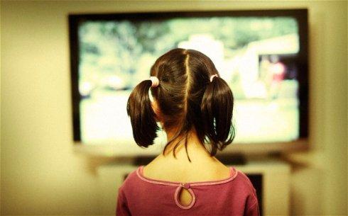 Зрение человека не портится от телевизора и монитора,   ученые