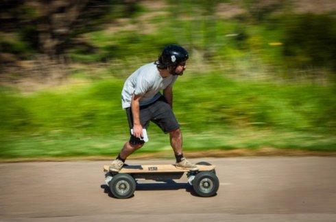Разработан мощный электрический скейтборд